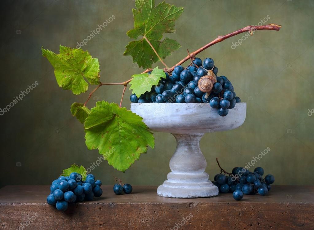 "Натюрморт ""Ваза с виноградом"""